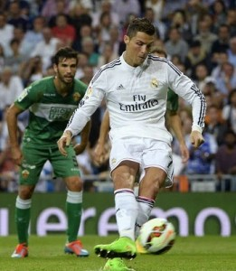 Ronaldo in fine form Vs Elche