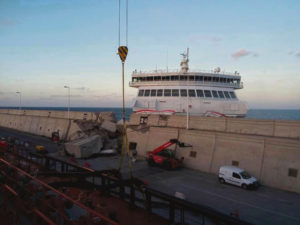 Amazing Footage of Gran Canaria Ferry Crash
