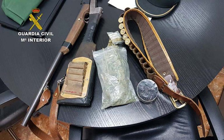 ILLEGAL ARMS: Man arrested for possessing an unlicenced weapon